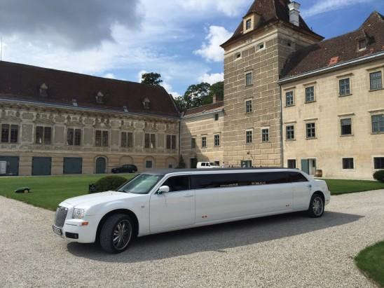 Stretchlimousine mieten in Wien und Hummer Limousine