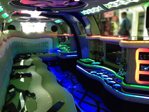 limousine mieten wien hummer stretchlimousine wien ab. Black Bedroom Furniture Sets. Home Design Ideas
